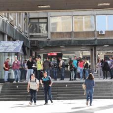 DA LI STUDENTI OSTAJU U DOMOVIMA? Ministar Šarčević doneo odluku!