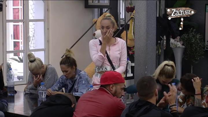 DA, LUDA SAM ZA NJIM! Lunu pitali da li joj se sviđa Marko Marković, NJEN ODGOVOR NASMEJAO SVE! (VIDEO)
