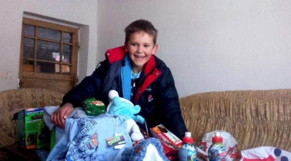 DEČAK IZ NIKŠIĆA UJEDINIO CRNU GORU: Imao je jednu želju od Deda Mraza, a onda su se svi udružili za Radovanovu Novu godinu!