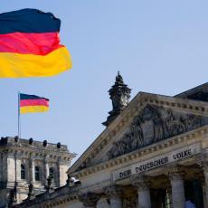 DEGZIT! Alternativa za Nemačku traži napuštanje EU ako ne bude ispunjen jedan uslov (VIDEO)