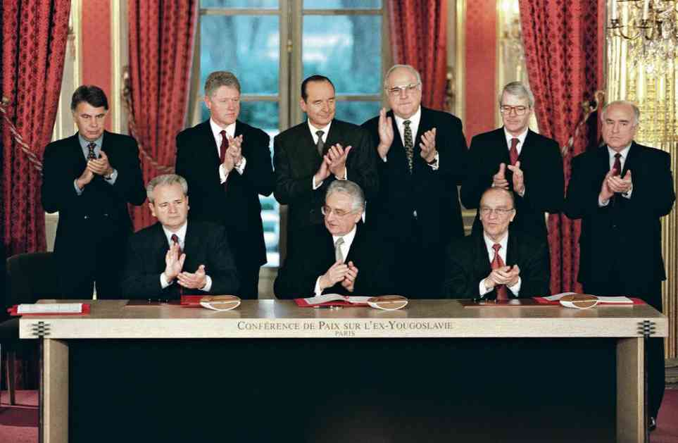 DEJTONSKI SPORAZUM POTPISAN JE PRE TAČNO 23 GODINE: Tog jutra Milošević je prelomio, pa na snegu, bez kaputa izneo poslednju ponudu!