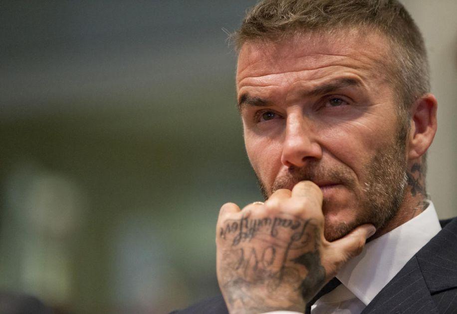 DEJVID BEKAM MUČI MUKE SREDOVEČNIH MUŠKARACA: Legendarni fudbaler pre dve godine je presadio kosu, sad oćelavio! (FOTO)