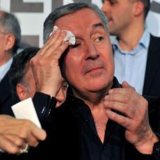 DEMOKRATSKI FRONT PRAVO U METU: Neformalni šef mafije, Đukanović, potvrdio čega se boji