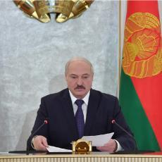 DEMONSTRANTI PUŠTENI NA SLOBODU! DRŽAVI NIJE POTREBAN RAT Lukašenko traži da se ispitaju sva hapšenja