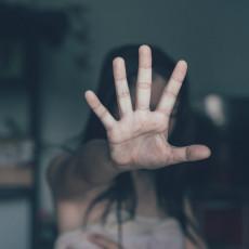 DEVOJČICE NAJČEŠĆE ŽRTVE: Broj poziva zbog sumnje na trgovinu ljudima prošle godine porastao za 70 odsto