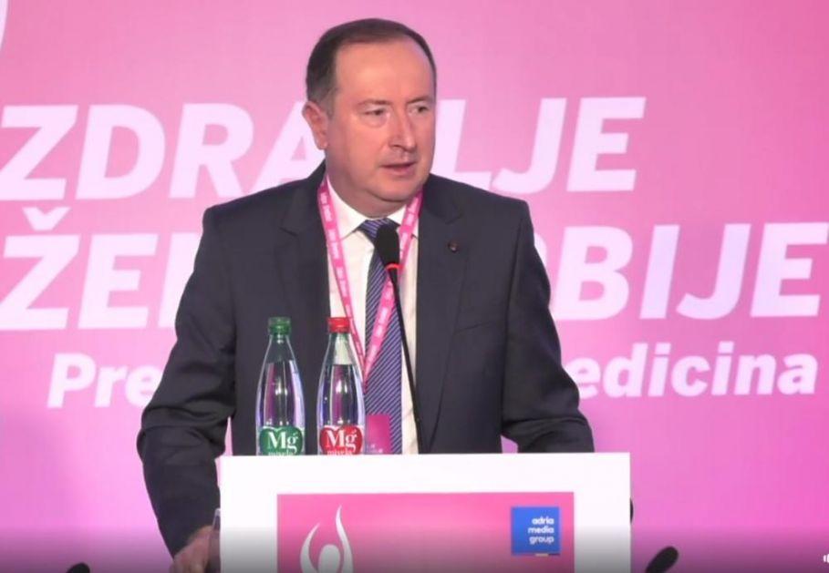 DIREKTOR BOLNICE U PAZARU HITNO HOSPITALIZOVAN: Meho Mahmutović posle zvižduka doživeo infarkt?!