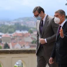 DIRNUT SAM, MNOGO VAM HVALA Babiš oduševljen Vučićevom ponudom, odmah se oglasio na društvenim mrežama (FOTO)