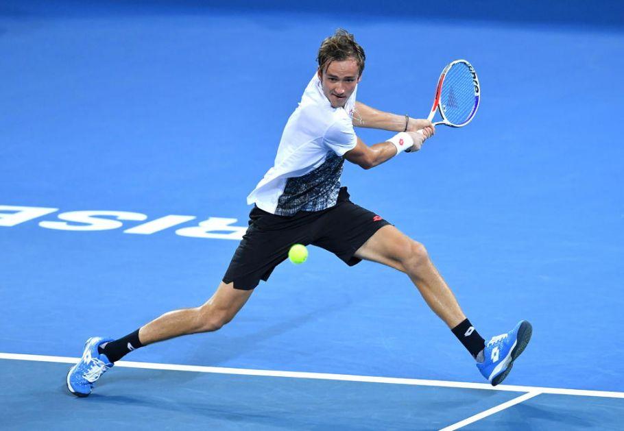 DJOKOVIĆ MU JE BOLJA OPCIJA! Medvedev: Lakše mi je protiv Novaka, nego protiv Rafe!