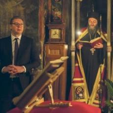 DO SADA NEVIĐENE FOTOGRAFIJE! PREDSEDNIK NA HILANDARU: Istorijska poseta Vučića najvećoj srpskoj svetinji (FOTO)