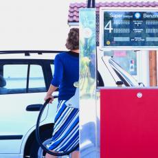 DOBRA VEST ZA PUTNIKE KOJI IDU U GRČKU: U Severnoj Makedoniji pojeftinjuje gorivo