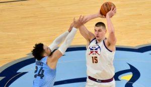 DOBRO DOŠAO, SOMBORSKI DŽOKERU: Nakon otkazivanja dočeka, u Somboru osvanuo bilbord u čast srpskom asu koji je pokorio NBA! (FOTO)