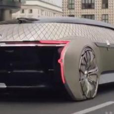 DOK MI VOZIMO KRNTIJE: Reno otišao korak dalje - ovo je njihovo autonomno vozilo! (VIDEO)