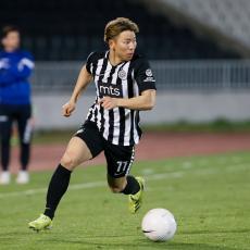 DOK SE PARTIZAN SPREMA ZA SUD: Asano već na meti drugog kluba (FOTO)