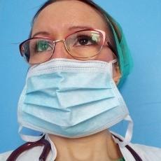 DOKTORKA JELENA RADI U CRVENOJ KOVID ZONI: Kroz ruke joj prošlo stotine pacijenata, ima VAŽNU poruku za sve (FOTO)