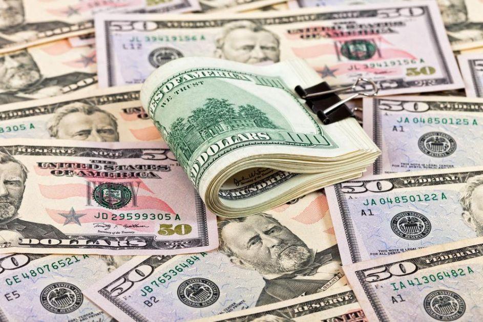 DOLAR POTONUO OD NEREDA NA ULICAMA I TENZIJA SA KINOM: Evro raste u odnosu na američku valutu!