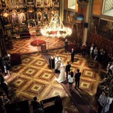 DOLAZI DO PROMENE ZAKONA U SRBIJI: Crkveno venčanje POTPUNO GUBI ZNAČAJ, a rešeno je i pitanje GEJ BRAKOVA