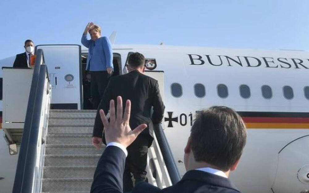 DOŠLO JE VREME DA BERLIN IZABERE STRANU: Šta Evropljani očekuju od Nemačke posle odlaska Angele Merkel