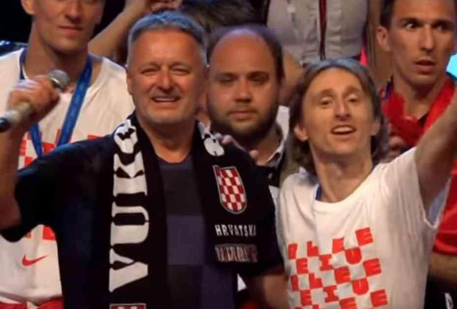 DOSTA MU JE KOCKASTIH! PRVI ČOVEK UEFA OPLEO PO HRVATIMA Čeferin: Neki treba da shvate da su uzor mladima! Slovenac se dotakao Tompsona, Josipa Šimunića....