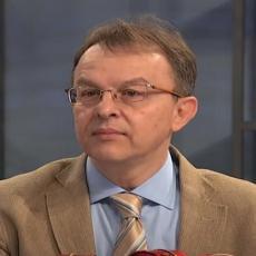 DR VUKOMANOVIĆ O ZAŠTITI DECE OD KORONE: Važno je da se stariji vakcinišu kako bi sačuvali zdravlje mališana