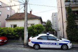 DRAMA NA VOŽDOVCU Žena izbola svog dečka u Kolašinskoj ulici, oboje prevezeni u bolnicu