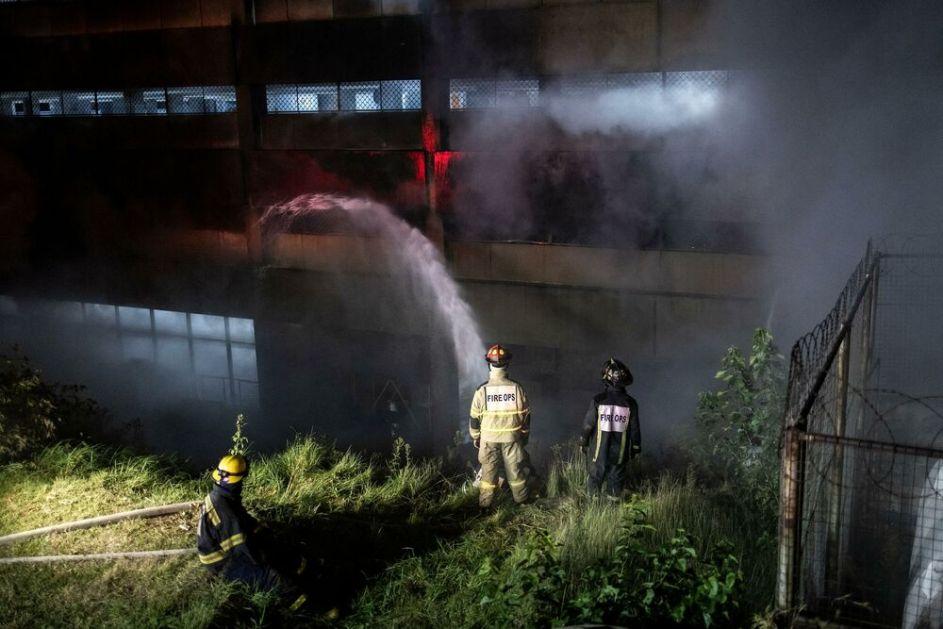 DRAMA U JOHANESBURGU: Požar buknuo u bolnici, evakuisano 700 ljudi