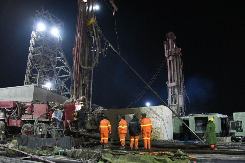 DRAMA U KINI: 12 radnika zaglavljeno 7 dana u rudniku nakon eksplozije, stotine spasilaca pokušava da ih izvuče na sigurno