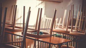 DS: Đaci i nastavnici u Srbiji neće biti adekvatno sanitarno zaštićeni, uz maske potrebni i viziri