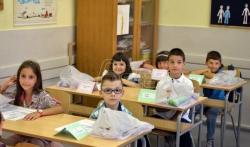 DS: Djaci i nastavnici u Srbiji neće biti adekvatno sanitarno zaštićeni, uz maske potrebni i ...