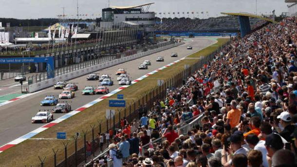 DTM vozi pred gledaocima: Asen otvoren za 10.000 navijača dnevno