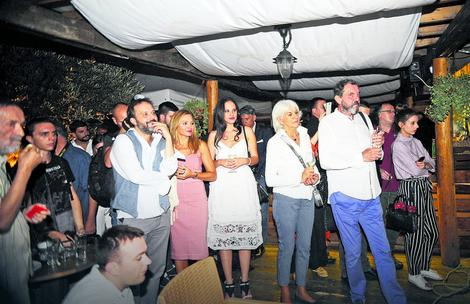 DUGO JE NIJE BILO Dubravka Mijatović sinoć se pojavila na jednoj proslavi, i izgleda BOLJE NEGO IKADA
