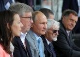 DW: Značka na Putinovom reveru