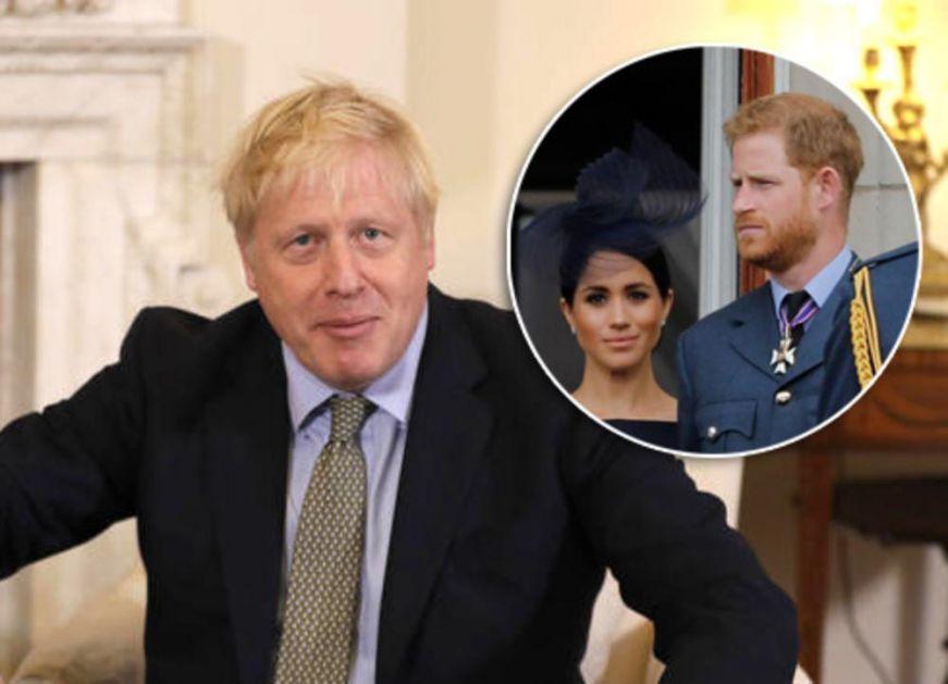 DŽONSON ĆUTI KAO ZALIVEN, STRUČNJAK ZA BREGZIT ALI NE I ZA MEGZIT: Ne komentarišem dešavanja u kraljevskoj porodici!
