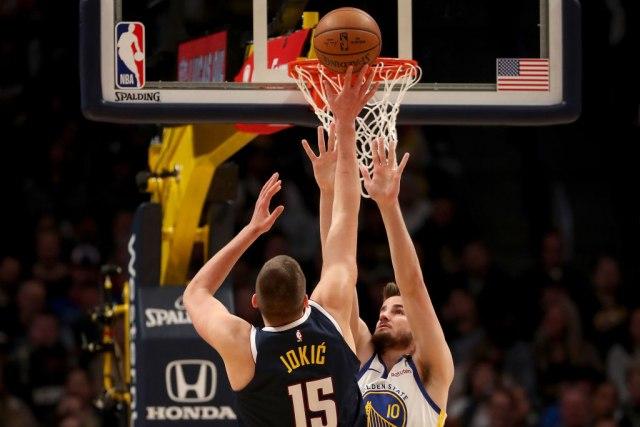 Da li će se mršavi Jokić mučiti u NBA?
