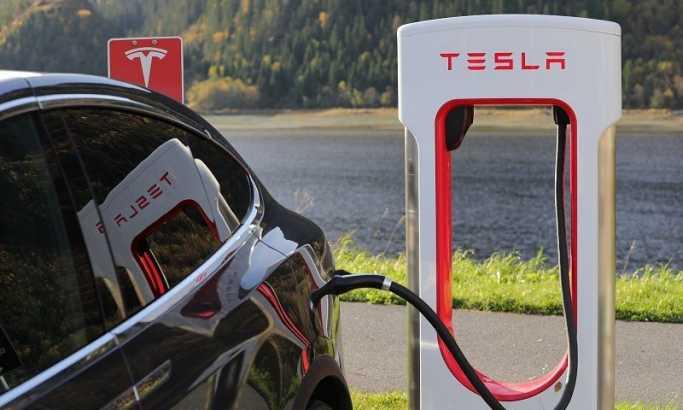 Da li je Srbija u planu - Tesla pokriva celu Evropu superpunjačima