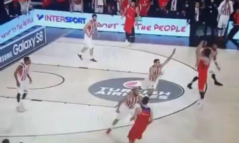 Da li je Teo imao bolje rešenje? Pogledajte kobni promašaj koji je odveo Olimpijakos u finale! (VIDEO)