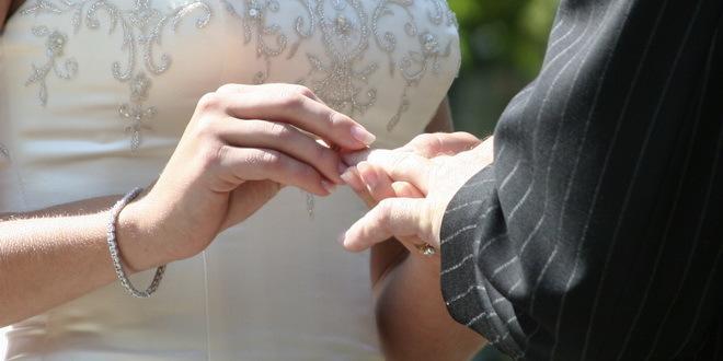 Da li su se vremena toliko promenila da se i institucija braka dovodi u pitanje?