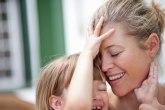 Da li su žene koje usvoje dete - majke?
