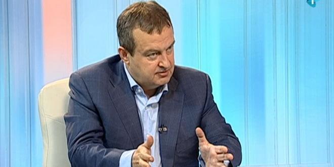 Dačić: Ako izađemo iz vlade ko će da brani Vučića