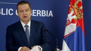 Dačić: Licemerno zalaganje za prava Hrvata dok Srbe tuku jer gledaju Zvezdu
