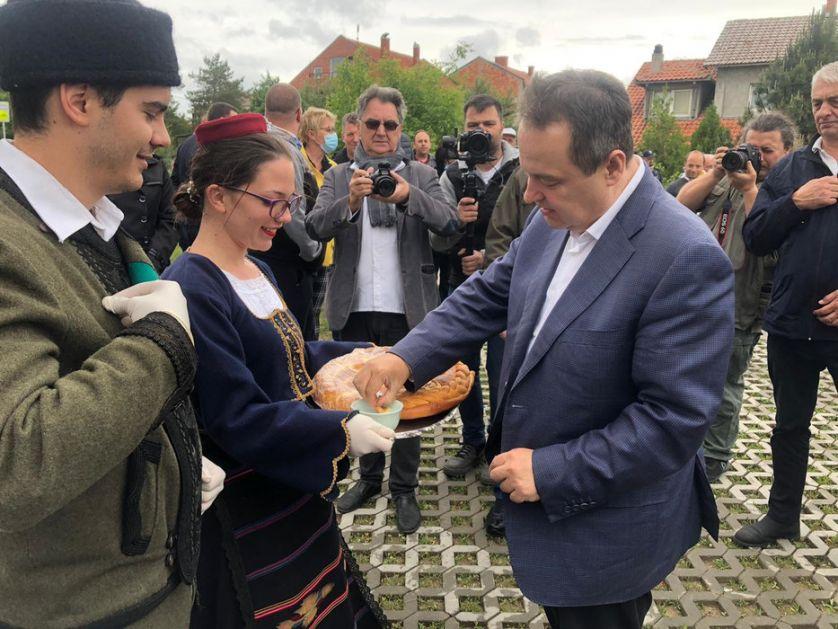 Dačić: Stambeni program dok sve porodice izbeglih ne budu zbrinute