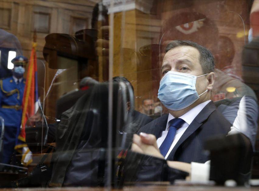 Dačić: Vlada danas o karantinu i PCR testu za strance