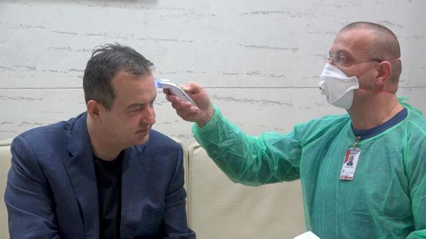 Dačić se vratio iz Kine, pregledali ga na aerodromu