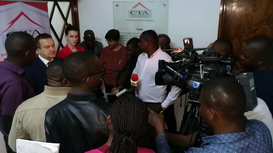 Dačić u Mozambiku - evociranje podrške SFRJ s ministrom