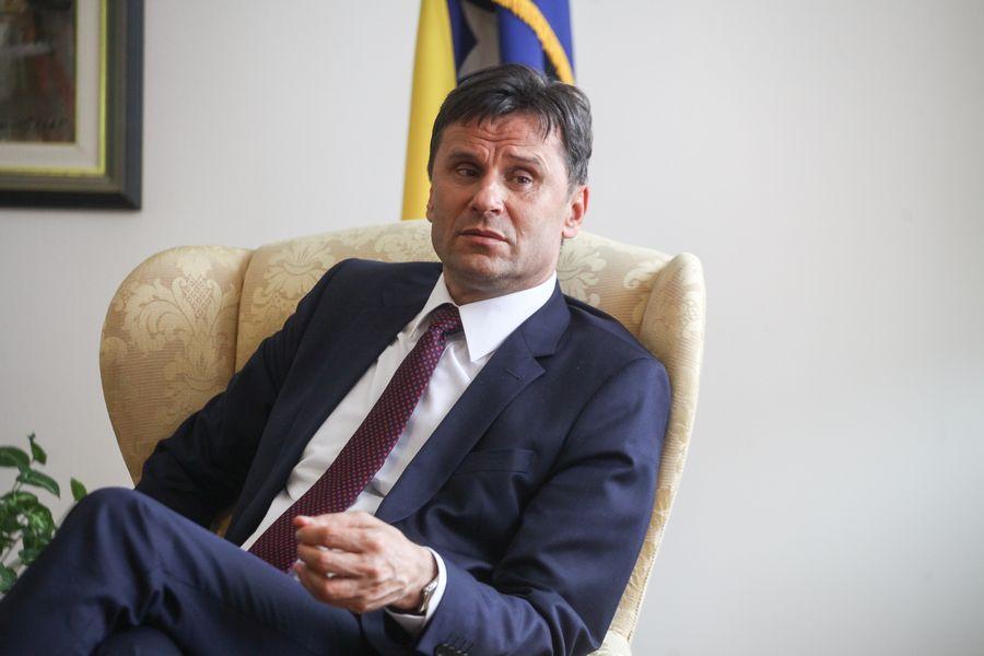 Danas odluka o pritvoru za Novalića, Solaka i Hodžića