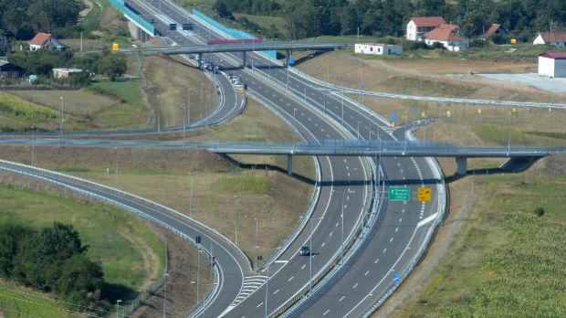 Danas se otvara auto-put Miloš Veliki, od Obrenovca do Čačka stizaće se za manje od sat vremena