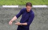 De Bur razmišlja da odmori igrače protiv Makedonaca
