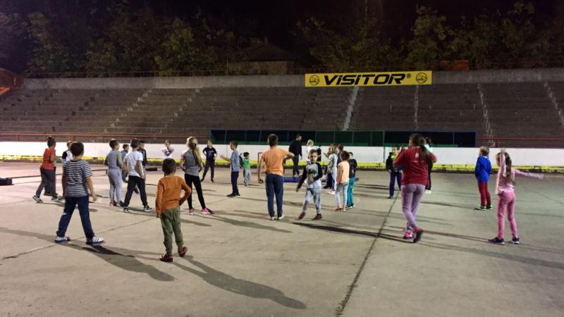 Deca hokejaši treniraju u Mađarskoj jer u Subotici nema leda