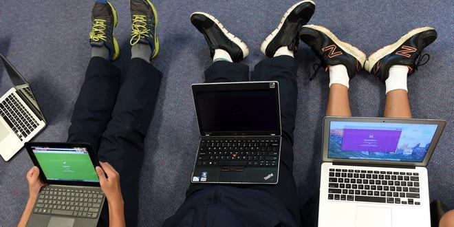 Deca svaki dan koriste internet tri sata, vikendom do sedam