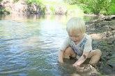 Dečak heroj: Dvogodišnjak opstao sam među medvedima i vukovima