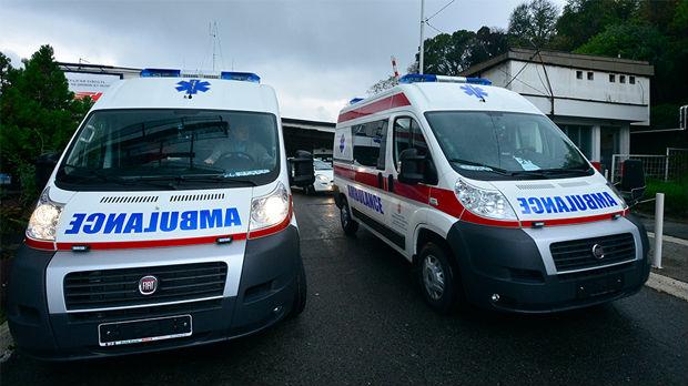 Dečak pao sa trećeg sprata zgrade u Nišu, bez težih povreda